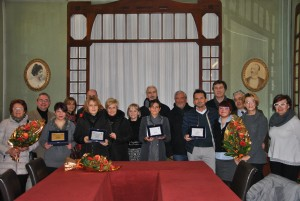 Foto di Gruppo premiati, giuria, amministratori e Unarco