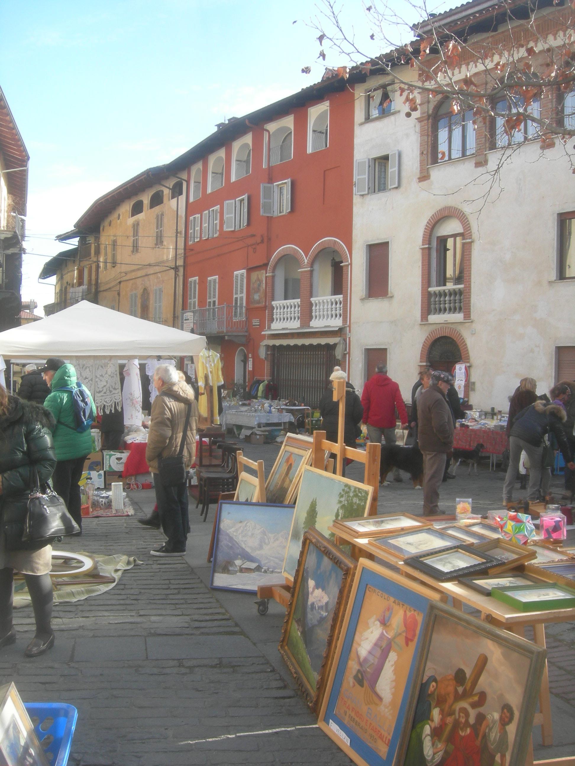 Mercato delle Pulci nel Centro Storico  – domenica 28 maggio 2017
